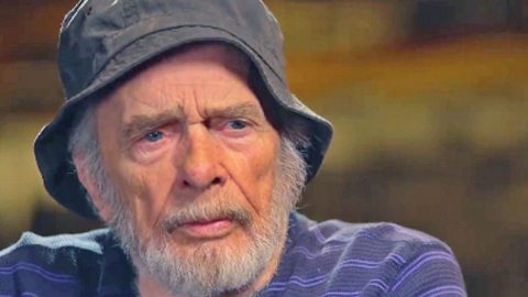 Merle Haggard Reveals Why He Wasn't Let Out Of His Cell In Prison | Country Music Videos