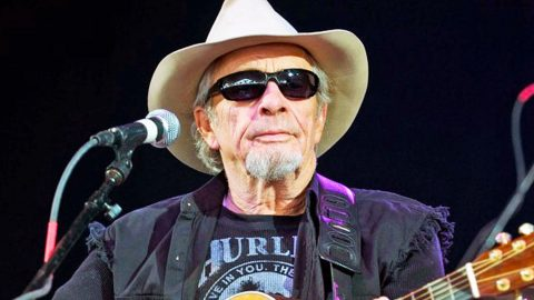 Merle Haggard Gives Health Update From The Hospital | Country Music Videos