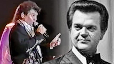 Conway Twitty's Son Pays Tribute To His Father With A Rockin' Medley Of His Hits | Country Music Videos