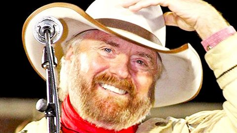 Voice Of The West: Michael Martin Murphey Brings Cowboy Music Back In The Spotlight | Country Music Videos