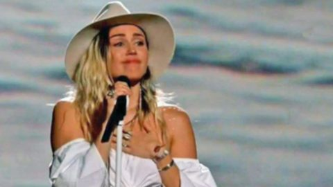 Miley Cyrus Gets Emotional Performing 'Malibu' On TV For The First Time | Country Music Videos