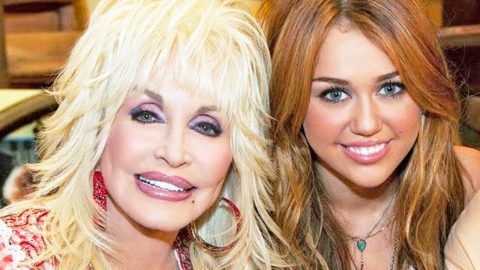 Miley Cyrus Releases Statement After Wildfire Threatens Dollywood | Country Music Videos