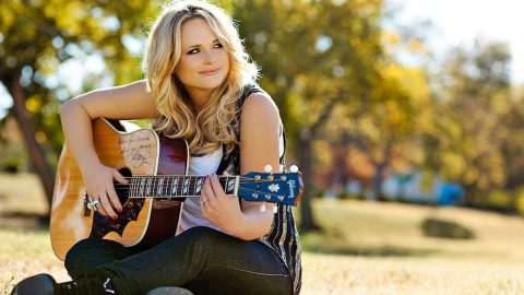 Miranda Lambert's Busy Weekend Proves She's A Country Girl At Heart | Country Music Videos