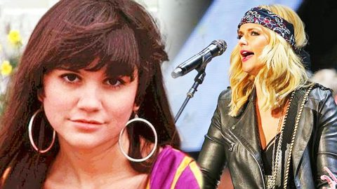 Miranda Lambert Shows Her Strength Through Powerful Linda Ronstadt Cover | Country Music Videos