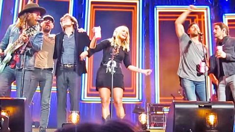 Fans SURPRISED When Miranda Lambert Delivers Unexpected Performance | Country Music Videos