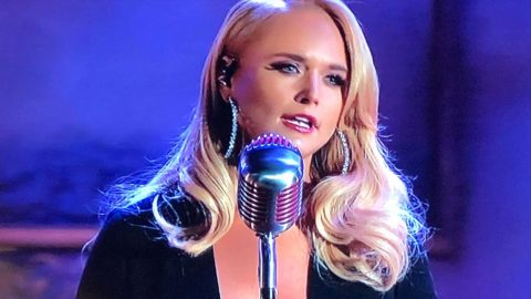 Miranda Lambert Delivers Chill-Inducing Performance Of 'To Learn Her' At CMA Awards | Country Music Videos
