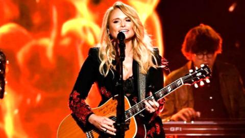 Miranda Lambert Makes History At The ACM Awards | Country Music Videos