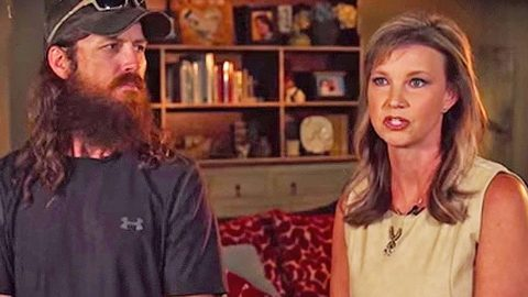 Missy Robertson Reveals Devastating News Following Flood | Country Music Videos
