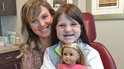 Missy Robertson Uses Mia's Frustrations To Teach A Life Lesson | Country Music Videos