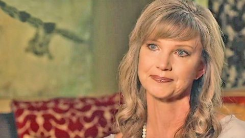 Duck Dynasty's Missy Robertson Mourns Heartbreaking Loss | Country Music Videos