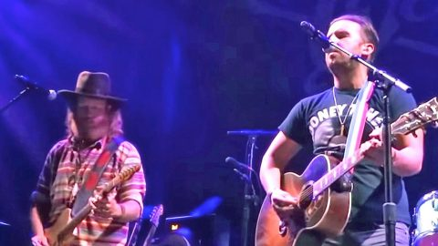 Orlando Victims Honored With Tear-Jerking 'Go Rest High On That Mountain' | Country Music Videos
