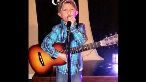 Luke Bryan's Mini Me Guns For Fame In Adorable Performance Of Popular Hit | Country Music Videos