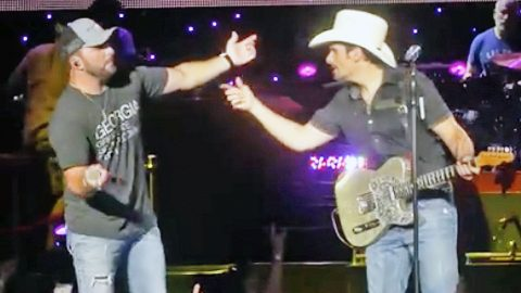 Brad Paisley Forgets Tyler Farr's Name On Stage | Country Music Videos