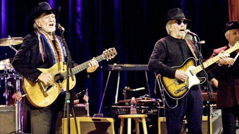 Decades Later, Willie Nelson & Merle Haggard Team Back Up For 'Pancho And Lefty' Duet | Country Music Videos