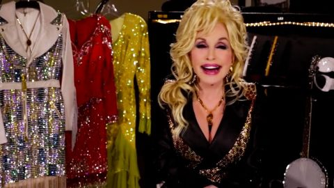 Dolly Parton Gives Women Hilariously Valuable Lesson On Men | Country Music Videos