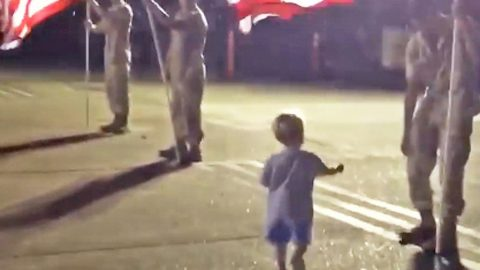 2-Year-Old Walks Up To U.S. Troops. What He Does Next Will Blow Your Mind! | Country Music Videos