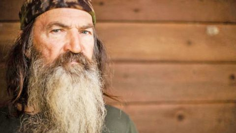 Phil Robertson Reveals Which Presidential Candidate He Is Voting For | Country Music Videos