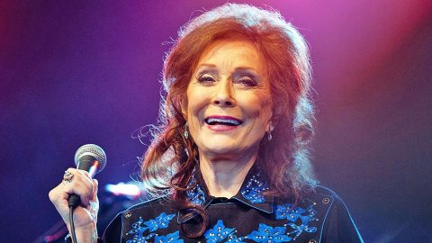 Proud Grandma Loretta Lynn Shares News Of Upcoming Duet With Grandson   Country Music Videos