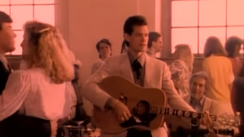 Randy Travis – Forever And Ever Amen (WATCH) | Country Music Videos