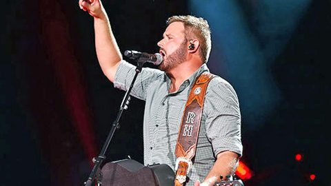 Randy Houser Gets 'Fired Up' And Kicks Out Unruly Fan | Country Music Videos