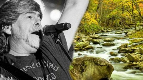 Randy Owen – Tennessee River (LIVE at the Grand Ole Opry) (WATCH)   Country Music Videos