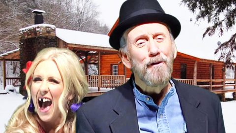 Ray Stevens Brings Us A 'Redneck Christmas' Y'all Don't Wanna Miss | Country Music Videos