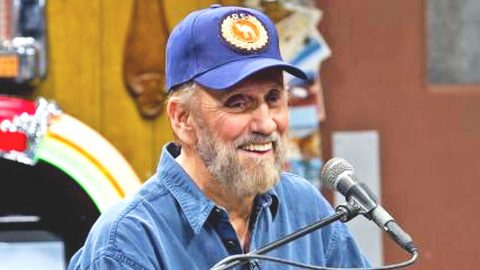 Applauding The Comedic Genius Of Country's Funny Man, Ray Stevens | Country Music Videos