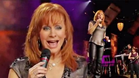 Reba McEntire – Eight Crazy Hours (In The Story Of Love) (VIDEO) | Country Music Videos