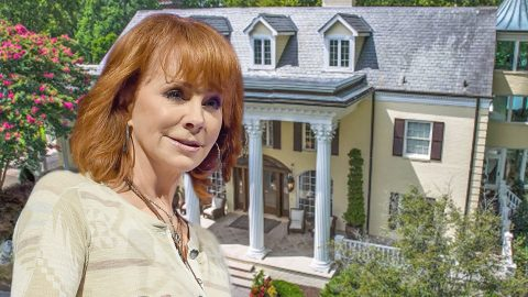 Reba's Farmhouse Reportedly Going Back On The Market For Head-Scratching Amount | Country Music Videos