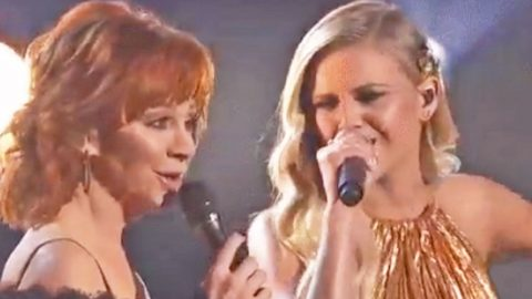 Reba McEntire And Kelsea Ballerini Team Up For 'Legendary' CMA Performance | Country Music Videos