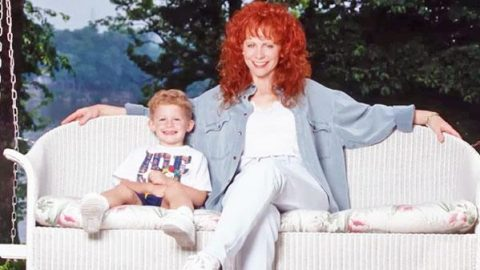 Reba McEntire's Take on Parenting (Oprah's Master Class) | Country Music Videos