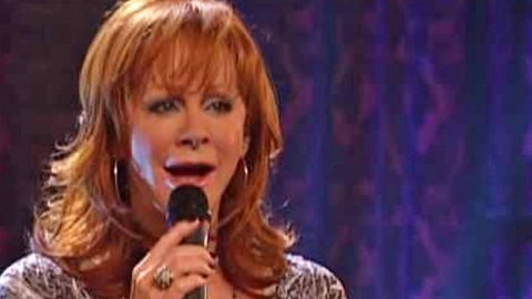 Reba McEntire Sings Of A Broken Family In Crippling 'I Heard Her Crying' | Country Music Videos