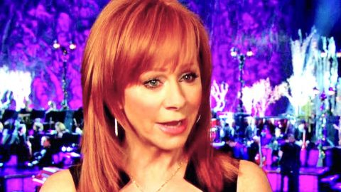 Reba McEntire Mourns Loss Of Dear Friend | Country Music Videos