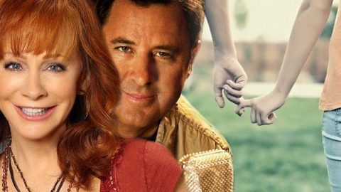 Reba McEntire, Vince Gill – The Heart Won't Lie | Country Music Videos