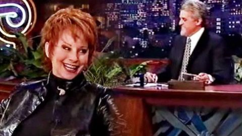 """Reba McEntire – Describes Her Son's Curiosity on """"the Birds and the Bees"""" 