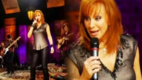 Reba McEntire – The Night The Lights Went Out In Georgia (Live) (WATCH) | Country Music Videos