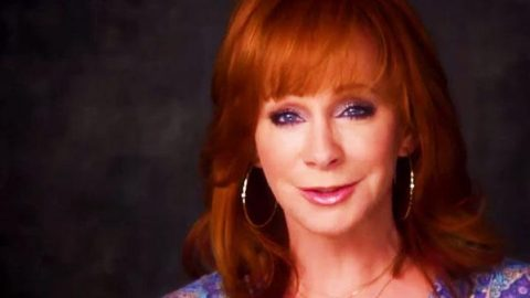 Reba McEntire – Three Bones You Gotta Have (Oprah Interview) (VIDEO) | Country Music Videos