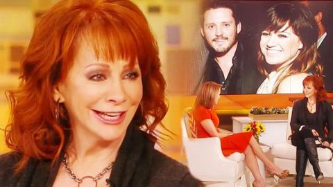 Reba McEntire – Thrilled to Have Kelly Clarkson as Daughter-in-Law | Country Music Videos