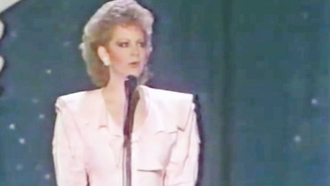 Reba McEntire's 1977 Opry Debut Wasn't Short Of Surprises | Country Music Videos