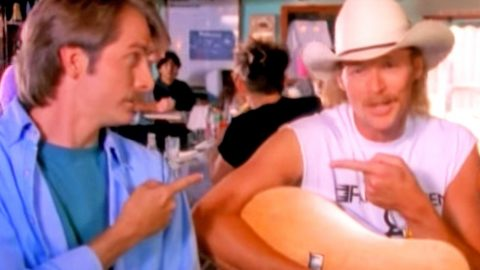 Alan Jackson & Jeff Foxworthy Give Olympics A Redneck Twist In Hysterical Parody | Country Music Videos