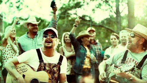 Kid Rock & Hank Williams Jr. Beam Southern Pride In Explosive 'Redneck Paradise' | Country Music Videos
