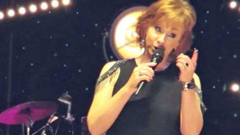 Reba McEntire Brings Down The House With Spunky Cover Of 'Me And Bobby McGee'   Country Music Videos