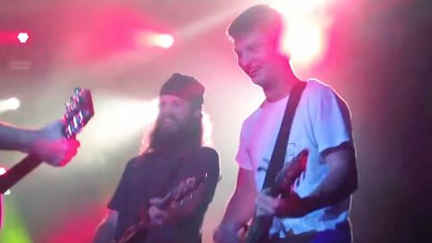 Jase Robertson And His Son Join Rock Band For Epic Lynyrd Skynyrd Tribute   Country Music Videos