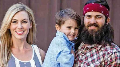 Jep And Jessica Robertson Reveal Their Young Son River Needed Stitches | Country Music Videos