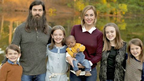 Jep and Jessica Robertson Announce New Addition To The Family | Country Music Videos