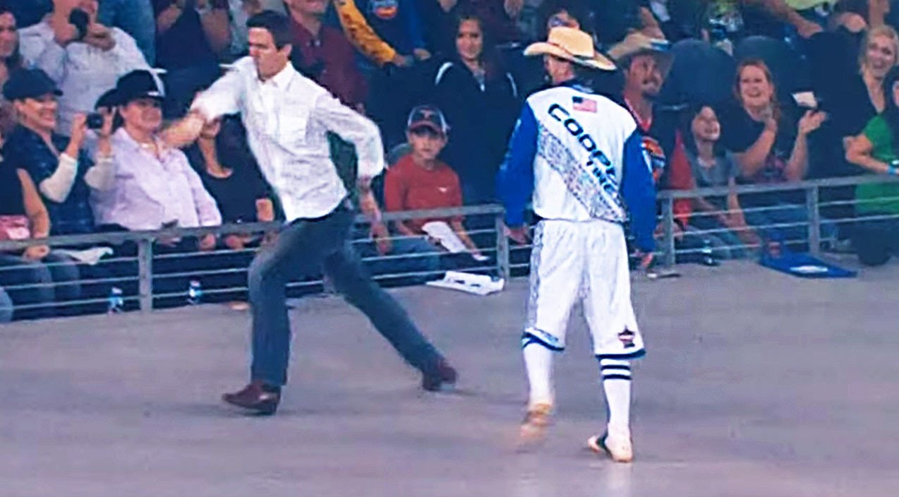 Dancing Rodeo Clown Gets Schooled By Real Estate Agent