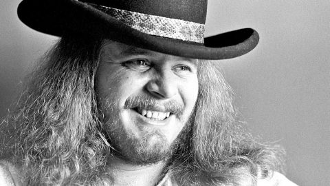 Former Skynyrd Members Reflect On The Talent & Extraordinary Genius Of Ronnie Van Zant | Country Music Videos