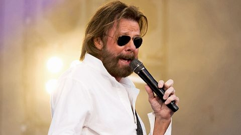 Ronnie Dunn Forced To Cancel Upcoming Performance | Country Music Videos