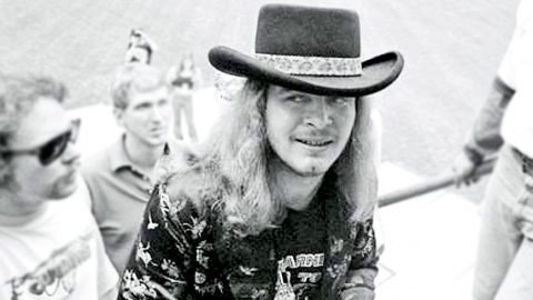 Ronnie Van Zant Reveals The Surprising Place He Was When He Wrote 'Simple Man' | Country Music Videos