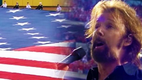 Ronnie Dunn – Sings the National Anthem (Amazing Performance!)   Country Music Videos